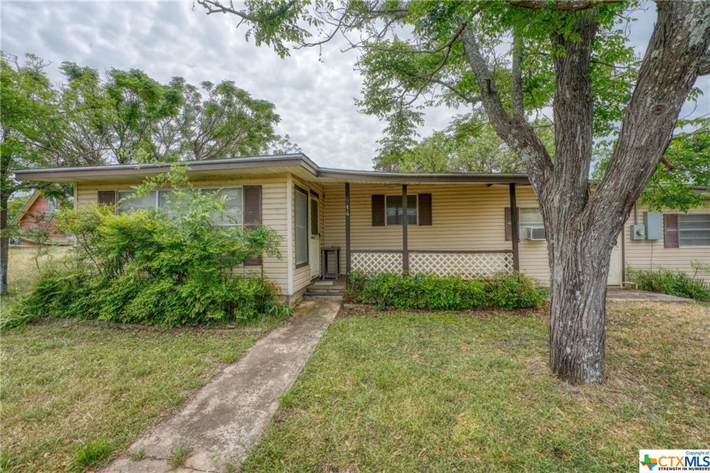 214 Glendale Lane Property Photo - Granite Shoals, TX real estate listing