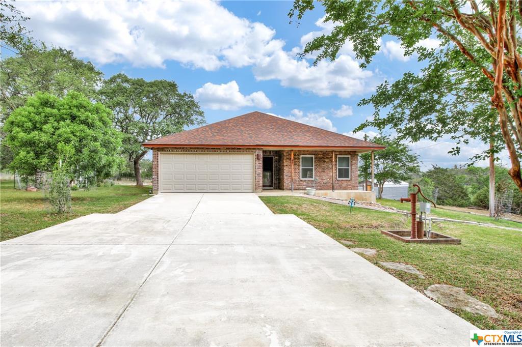255 Agarita Property Photo - Lakehills, TX real estate listing