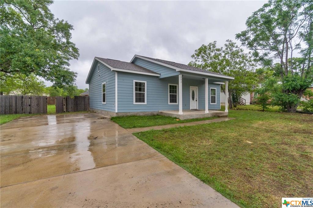 153 Ivy Avenue Property Photo 1