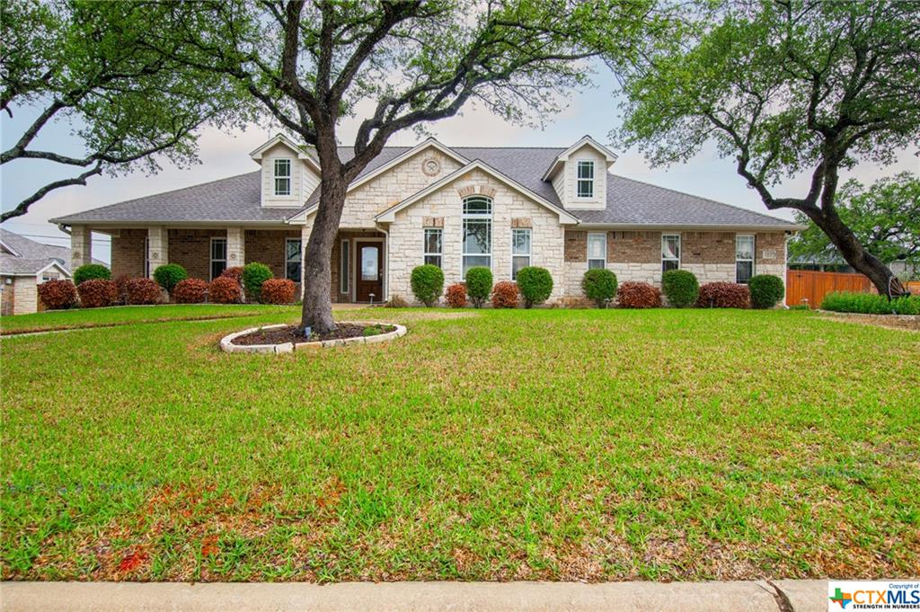 1109 Red Leaf Drive Property Photo