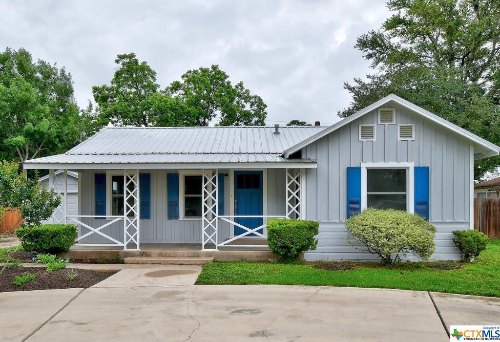 845 S Magnolia Avenue Property Photo 1
