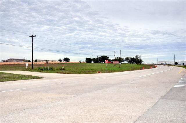 5853 E Highway 114 Property Photo
