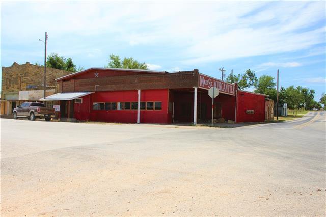 104 E Main Property Photo