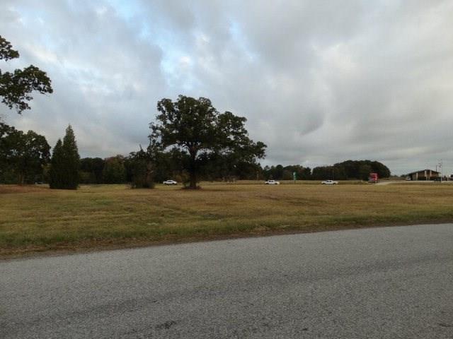 0 N Loop 317 Property Photo