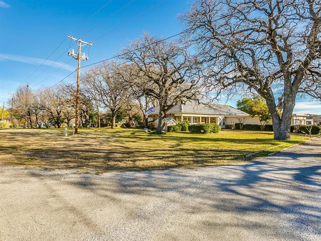165 Center Point Property Photo