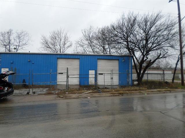 3027 Decatur Property Photo