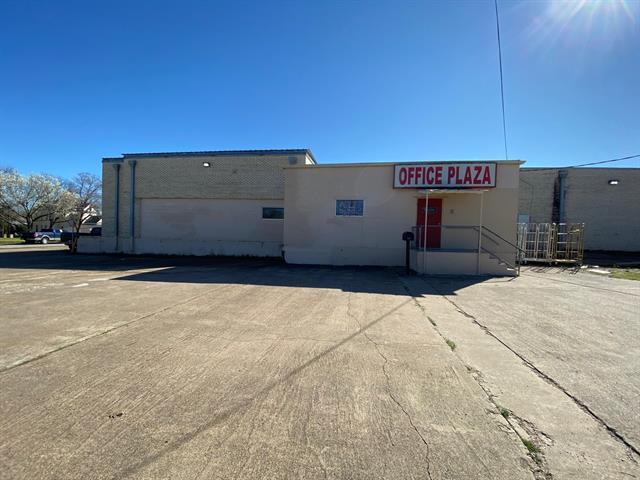301 W Jackson Property Photo