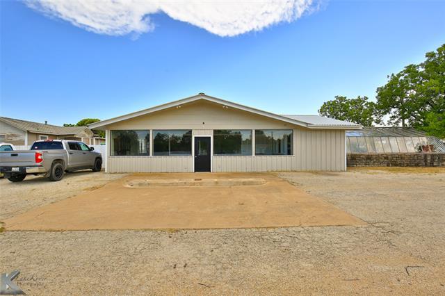 625 W 4th Property Photo