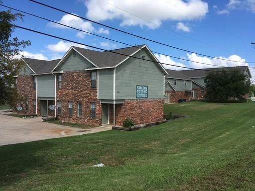 809 W Walnut Property Photo
