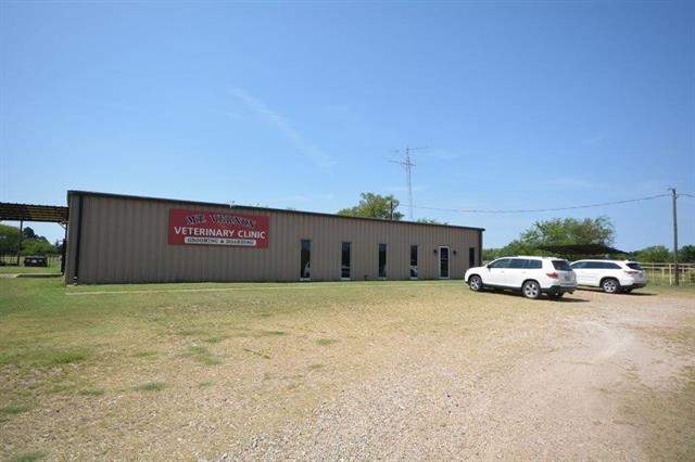 1671 Sw Interstate 30 Service Property Photo