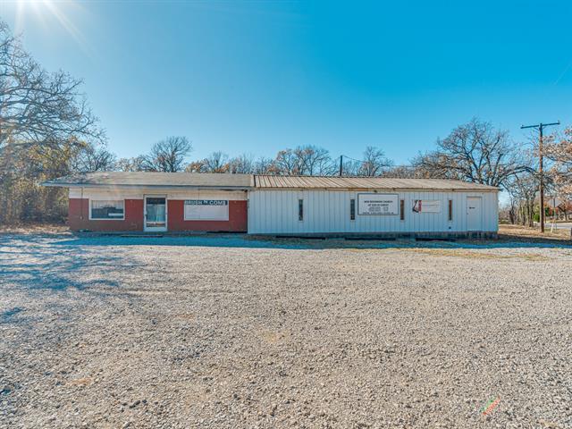 6720 Dick Price Property Photo