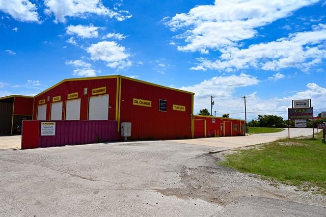 5985 Fall Creek Property Photo