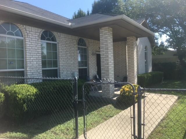 875 W Pleasant Run Property Photo