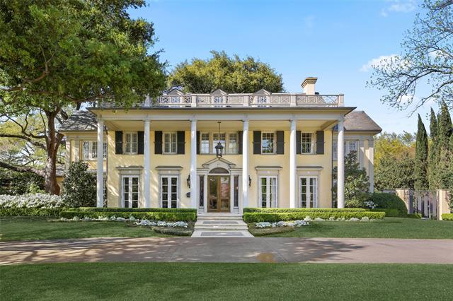 3800 Beverly Property Photo