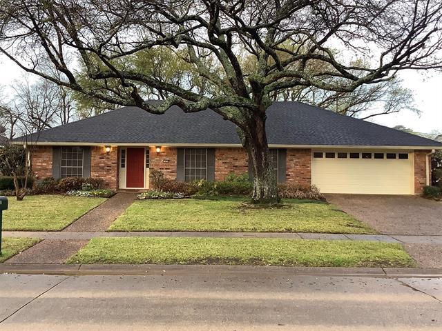 7424 Camelback Property Photo