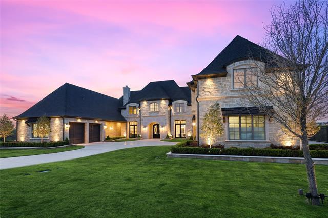 2320 Lilac Lane Property Photo 1