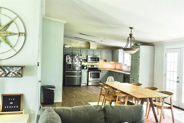 8717 Adams Property Photo