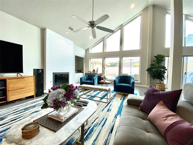 3810 Alta Vista Lane Property Photo 1