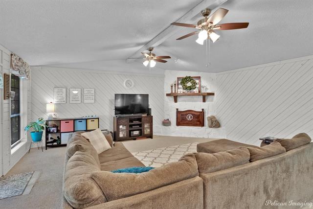 5520 Knollcrest Drive Property Photo 1