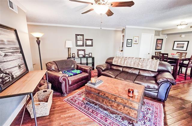 3100 Fairfield Avenue #11 B Property Photo 1