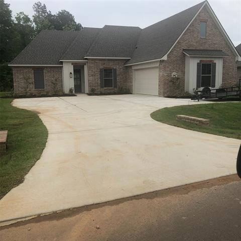 2077 Highpoint Property Photo