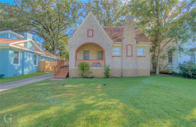 155 College Street Property Photo 1