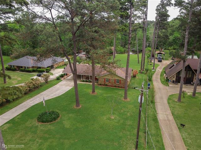 3029 Wallace Drive Property Photo 1
