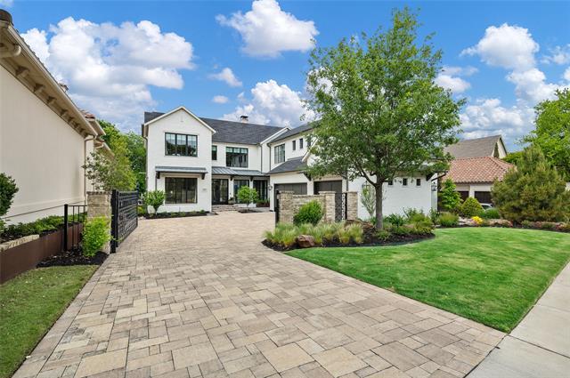5101 Oak Knoll Property Photo