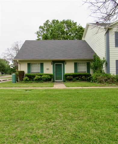 301 Stratmore Property Photo