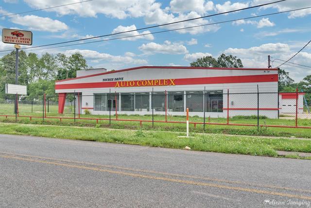2405 Youree Property Photo