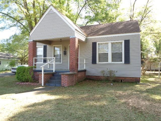 926 Elm Street Property Photo 1