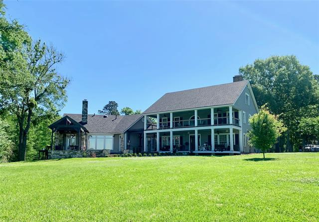 7115 N Lakeshore Property Photo