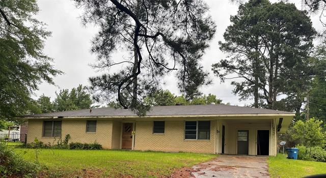112 Willow Street Property Photo 1