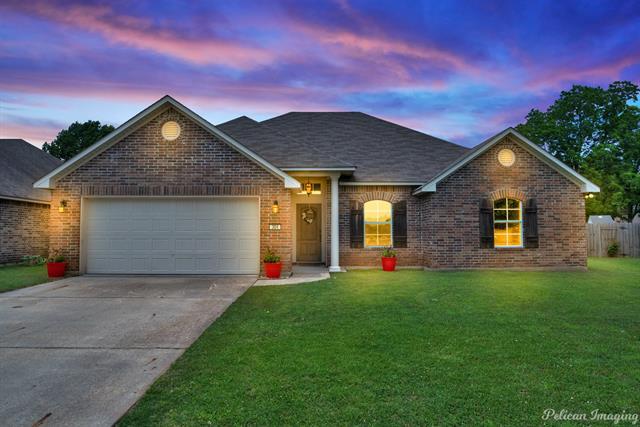 304 Avondale Lane Property Photo 1