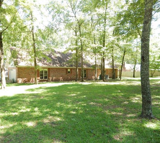 267 Sandy Point Drive Property Photo 1
