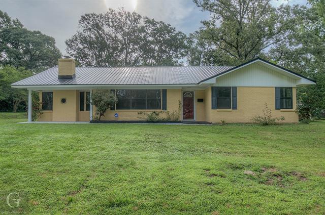 906 Gladney Street Property Photo 1