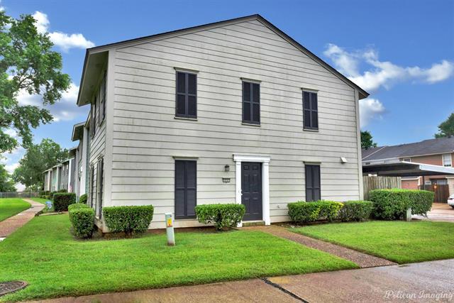 10301 Los Altos Drive Property Photo 1