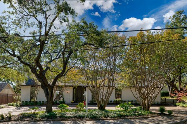 6824 Churchill Way Property Photo 1