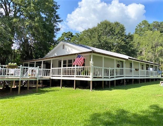 306 Hillard Road Property Photo 1