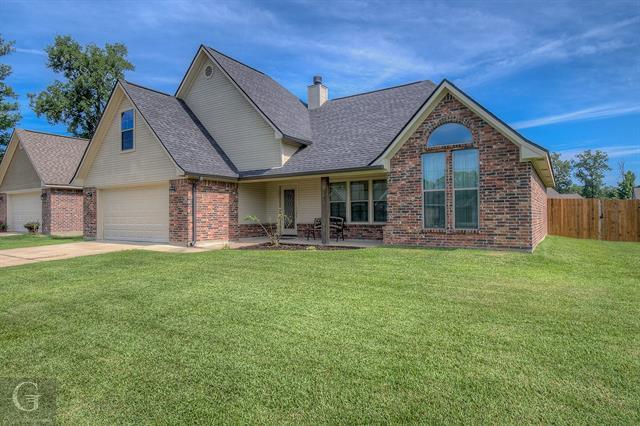 224 Southern Creek Property Photo 1