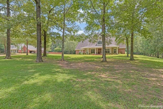 5585 Woodhaven Drive Property Photo 1