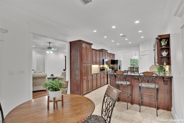 5585 Woodhaven Drive Property Photo 8