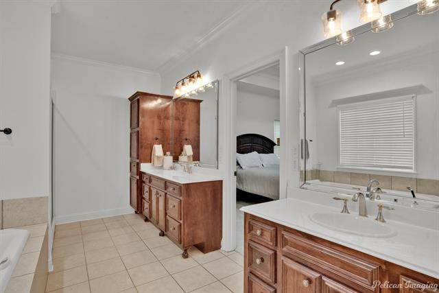 5585 Woodhaven Drive Property Photo 17