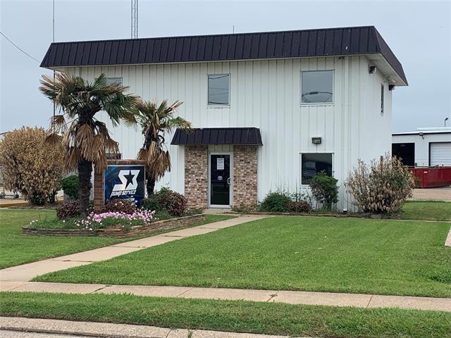 412 Hamilton Road Property Photo 1