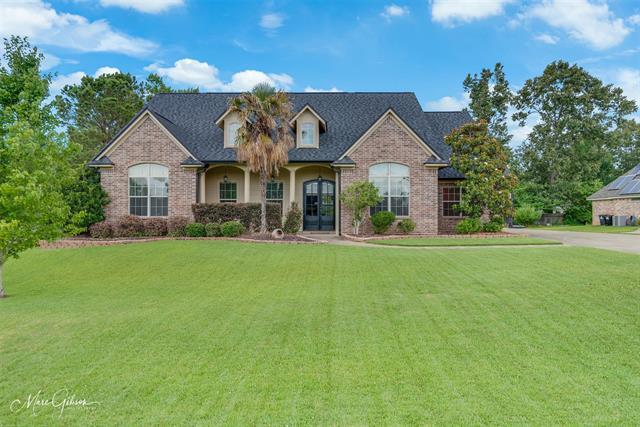 2520 Bloomfield Lane Property Photo 1