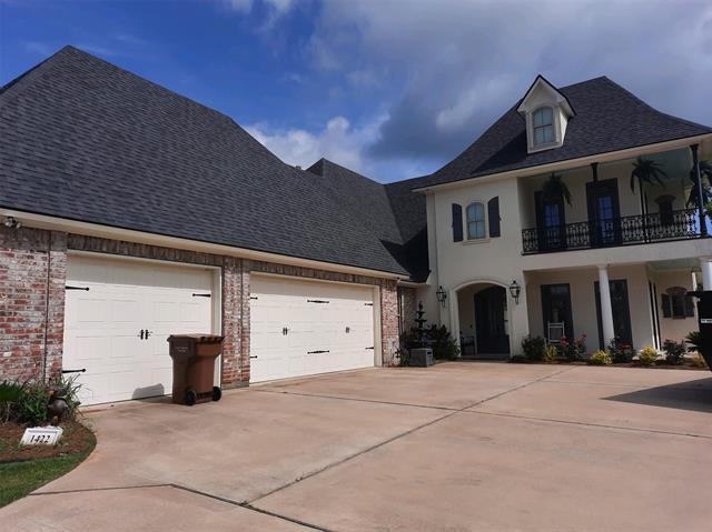 1422 Suwannee Lane Property Photo 1