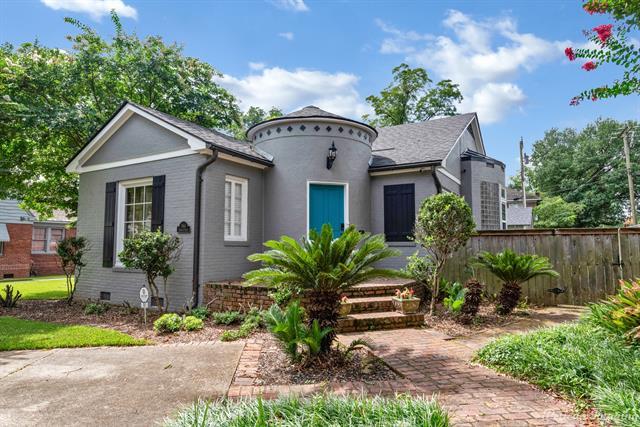 761 Elmwood Street Property Photo 1
