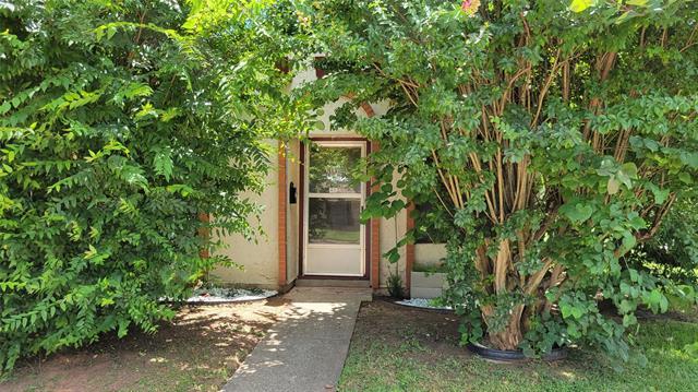 2337 Loreco Street Property Photo 1