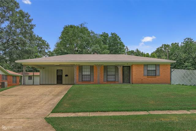 111 General Beauregard Property Photo 1