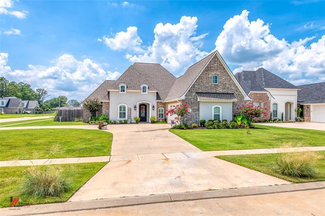 501 Linden Circle Property Photo 1